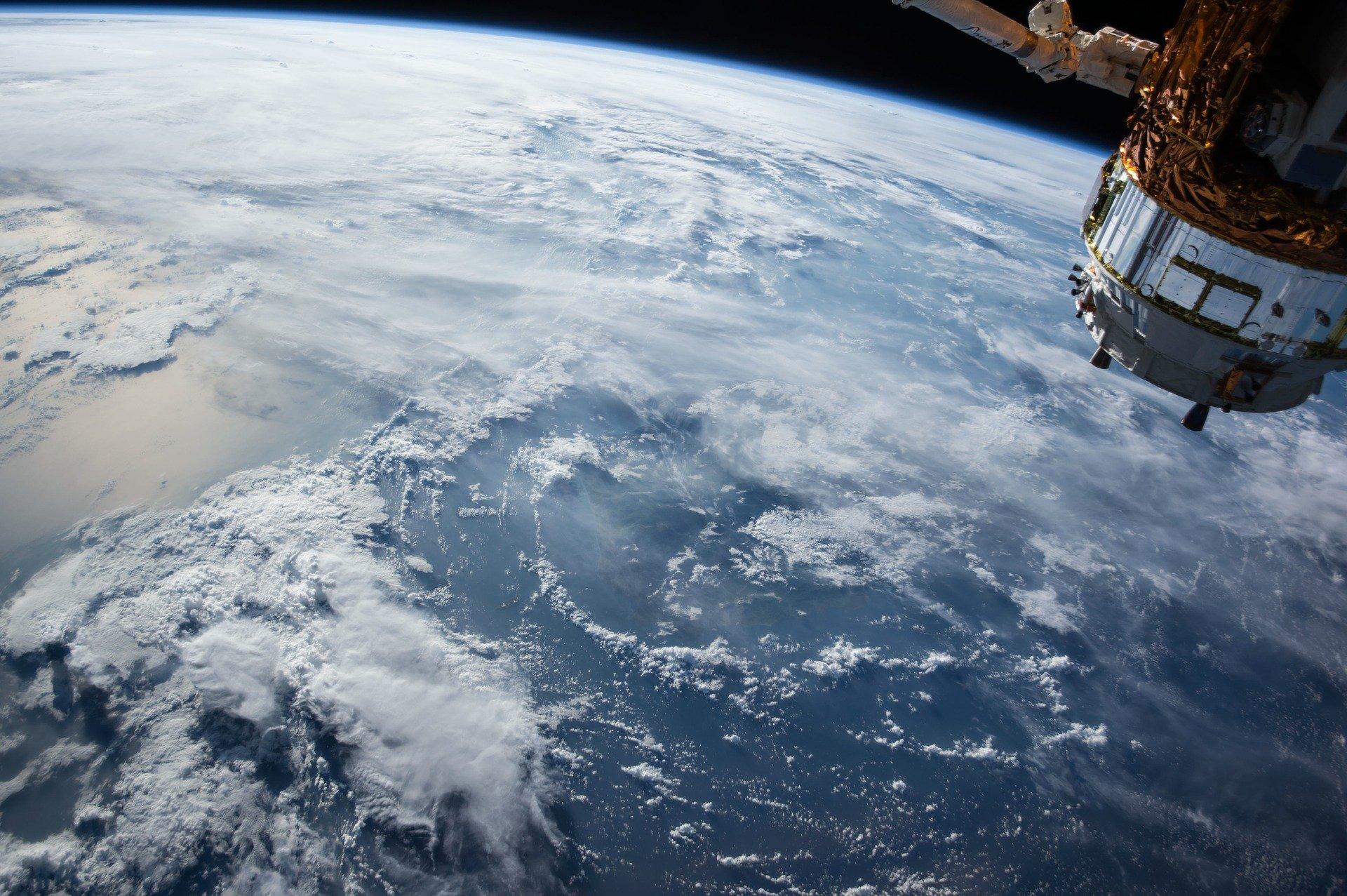 Les données des satellites d'observation : vers une utilisation massive par les entreprises ? | Eleven